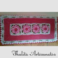 Passadeira  https://www.facebook.com/pages/Thalita-Artesanatos-Vendas/477031682453686