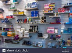 paris-france-shopping-condom-sex-accessories-shop-le-roi-de-la-capote-E6W30C.jpg (1300×960)