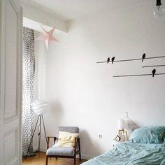 """""""Ich liebe meine schiefen Wände!"""" - zu Besuch bei Matilmy in Kassel   SoLebIch.de #homestory #schlafzimmer #bedroom"""