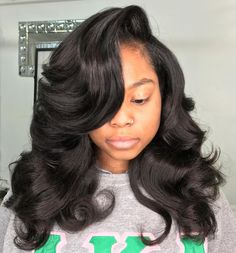 Hairstyles Capelli Medi Long Curly Side-Parted Weave.Hairstyles Capelli Medi Long Curly Side-Parted Weave Remy Human Hair, Human Hair Wigs, Human Hair Extensions, Extensions Shop, Weave Extensions, Remy Hair, Wig Hairstyles, Straight Hairstyles, Sew In Weave Hairstyles