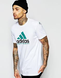 Discover men's t-shirts and vests at ASOS. Shop from plain, printed and long sleeve t-shirts and vests to longline and oversized styles with ASOS. Tee Shirt Homme, T Shirt Vest, Hip Hop Sneakers, Adidas Sneakers, White Adidas Originals, T-shirt Logo, Adidas Outfit, Workout Wear, Moda Masculina