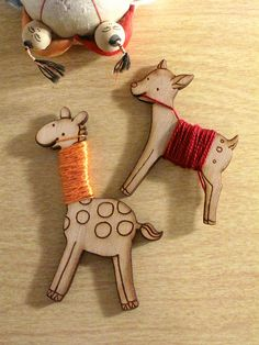Flossy the Fawn and Flossy the Giraffe Bobbins to organize your thread!