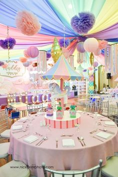 Maddey's Carousel Bash   Carnival-themed birthday party   Carnival birthday party table set-up   Pastel-themed party   babyandbreakfast....   Photo: Nice Print Photography