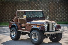 Bid for the chance to own a 1978 Jeep Golden Eagle Levi's Edition at auction with Bring a Trailer, the home of the best vintage and classic cars online. Dually Trucks, Jeep Truck, Jeep Golden Eagle, Jeep Cj7, Wrangler Rubicon, Jeep Wranglers, New Luxury Cars, Old Jeep, Buick Riviera