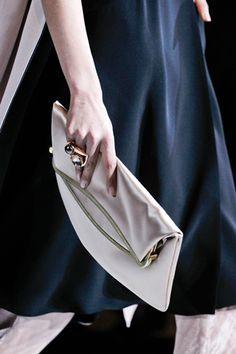 17 Best Handbags images  269e33f3b9148