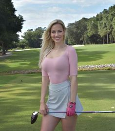 Girls Golf, Ladies Golf, Sexy Golf, Looks Pinterest, Sporty Girls, Jolie Photo, Golf Outfit, Female Athletes, Mode Outfits