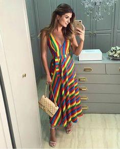 37 Outfits con Ropa de Rayas de Moda para un look con Estilo (2019) Dressy Dresses, Sexy Dresses, Summer Dresses, Chic Outfits, Fashion Outfits, Party Mode, Dress Up, Dress Skirt, Everyday Dresses