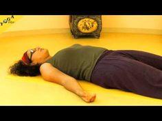 Einfache Atemübungen bei depressiven Verstimmungen: Mit einfach zu erlernenden Pranayamas kannst du sehr schnell deine Stimmung verbessern. Probiere es aus - du wirst überrascht sein, wie gut das wirken kann. Angeleitet von Shivakami, vorgemacht von Jessica. Aufgenommen in den Yogatherapieräumen bei Yoga Vidya. Auch hilfreich als Burnout-Vorbeugung.    http://mein.yoga-vidya.de/video/yoga-atem-bungen-bei-depression