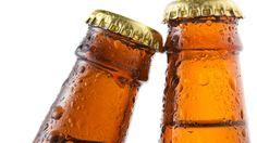Maistuisiko viileä olut? Näin kylmennät juomat ilman jääkaappia!