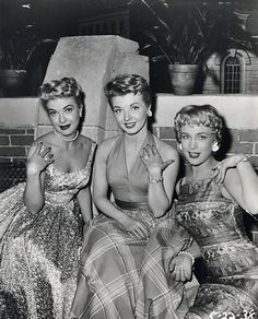 """Barbara with Lori Nelson and Merry Anders in the """"How to Marry A Millionaire"""" tv series. (L-R) Lori Nelson, Merry Anders, & Barbara Eden Vintage Glamour, Vintage Beauty, Vintage Ladies, Vintage Woman, Famous Photos, Famous Faces, Rare Photos, Barbara Eden, I Dream Of Jeannie"""