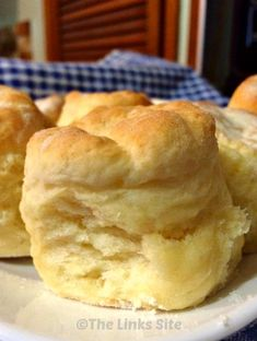 Scones I have lost count of the number of times I have used this easy scone recipe - they are just delicious! Baking Recipes, Cake Recipes, Dessert Recipes, Lunch Recipes, Healthy Recipes, 3 Ingredient Scones, Fruit Scones, Sweet Bread, Food Cakes