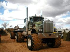 Kenworth Monster Truck and Trailer!!! OMG this is so cool!!