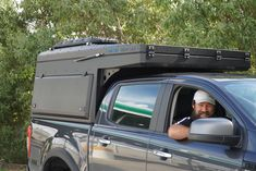 The hottest trend in the car-camping and overland world right now is the lightweight pop-top truck camper. It combines a truck topper shell and a rooftop tent. These go-anywhere truck campers are ready for adventure! Pop Top Camper, Camper Tops, Pop Up Truck Campers, Slide In Camper, Pickup Camper, Chevy Pickup Trucks, Lifted Trucks, Big Trucks, Offroad Camper