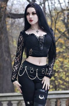 Gothic Dress, Gothic Outfits, Edgy Outfits, Girl Outfits, Gothic Girls, Hot Goth Girls, Goth Beauty, Goth Women, Up Girl