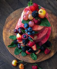 how to make a watermelon cake – The Lemon Apron Summer Desserts, Summer Drinks, Summer Bbq, Summer Winter, Sweetened Whipped Cream, Watermelon Cake, Cakes Today, Stone Fruit, Savoury Cake