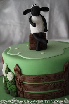 Photo 21 of 49 in Cakes
