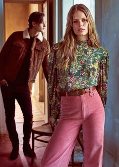 Discover the latest trends in Mango fashion, footwear and accessories. Shop the best outfits for this season at our online store. Fashion Me Now, 60s And 70s Fashion, 70s Inspired Fashion, Fashion Online, Vintage Fashion, 70s Outfits, Fall Outfits, Vintage Outfits, Fashion Outfits