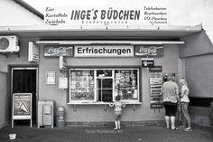 Das Büdchen im Ruhrgebiet  Black & White Photograph auf DaWanda.com