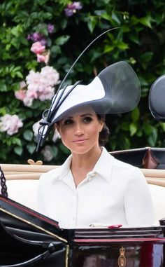 The Duke and Duchess of Sussex, Prince Harry and Meghan Markle, made their Royal Ascot debut as a married couple this week. And the photos are glorious. Prince Harry And Megan, Prince William And Kate, Harry And Meghan, Prince Edward, Royal Ascot, Harry And Megan Markle, Philip Treacy Hats, Markle Prince Harry, Prinz Charles