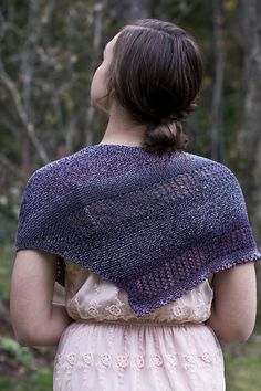 This shawl is a free pattern.