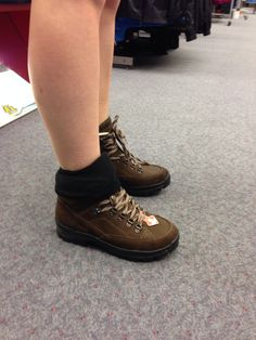 So macht mir wandern Spaß ! Altmodisch gemachte MEINDL Schuhe sehr günstig bei sportsdirect.com Men Dress, Dress Shoes, Doc Martens Oxfords, Oxford Shoes, Lace Up, Women, Fashion, Hiking, Formal Shoes
