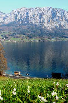 Attersee, Salzkammergut, Autriche #Austria Rando, Week End, River, Mountains, Outdoor, Austria, Vacation, Automobile, Outdoors