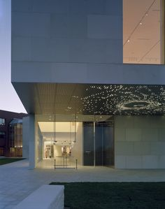 Lam Partners provides lighting design for architecture and for exterior environments. Museum Lighting, Lights Artist, Canopy Lights, Museum Of Contemporary Art, Lighting Design, Facade, Exterior, Architecture, Building