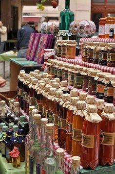 Gouba Art Market (open on Sundays) - Budapest, Hungary
