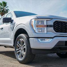 2020 Ford F-150 STX looks so sick!! Be sure to go check it out!! #HaciendaFord #Ford #f150 #2021 #Trucks #RGV #STX Future Trucks, New Trucks, Cool Trucks, Ford F150 Stx, Ford Mustangs, Sick, Beast, Vehicles, Trucks