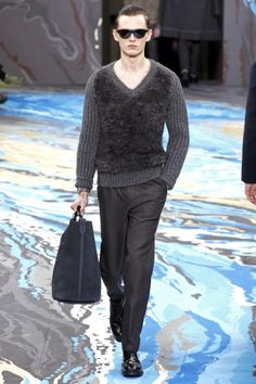 Louis Vuitton - Men Fashion Fall Winter 2014-15 - Shows - Vogue.it