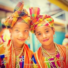 So pretty ~Latest African Fashion, African women dresses, African Prints…