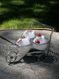 Do you have a country kitchen? You need these! Three Chickens in a Wheelbarrow Vintage Salt and Pepper Shakers from HeartSmileFarms on Etsy