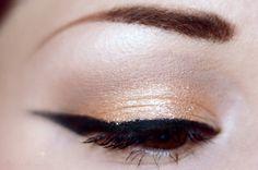 Your description here Green Makeup, Makeup Looks, Festive, Universe, Eyeshadow, Product Description, Make Up Green, Eye Shadow, Eyeshadows