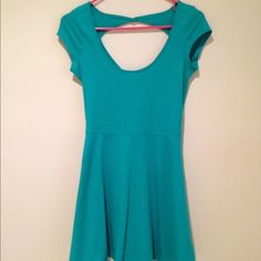 American Eagle NWT Teal Skater Dress Backless, mid-thigh, cap-sleeve skater dress originally from American Eagle. Fits true to size. American Eagle Outfitters Dresses Backless