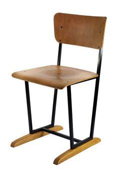 Altmark chair for Manere / designed by Studio Martin Lang