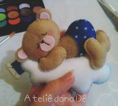 Coisinha fofa #boanoite #euquefiz #arteemfeltro #feltro #artesanato Felt Diy, Felt Crafts, Diy Crafts, Felt Ornaments, Christmas Ornaments, Felt Name, Felt Patterns, Felt Animals, Craft Gifts