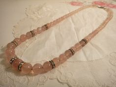 Rose quartz with silver clasp This fabulous necklace has a new owner! Rose Quartz, Beaded Bracelets, Beads, Pretty, Silver, Vintage, Jewelry, Fashion, Beading