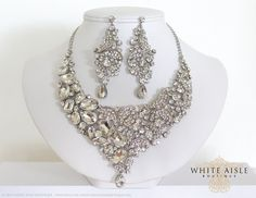 Hey, I found this really awesome Etsy listing at https://www.etsy.com/listing/201314709/bridal-jewelry-set-bridal-necklace