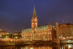 Google Image Result for http://www.hereandtherewithpatandbob.com/wp-content/uploads/2010/10/hamburg-rathaus.jpg