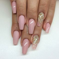 By @swan_nails: Beautiful nails by @solinsnaglar - Swan Nails page is dedicated to promoting quality, inspirational nails created by International Nail Artists Find us on Facebook Swan Nails in...