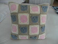 Crocheted cushion for my granddaughter - Pattern from Dada's Place - By Sharon Blignaut