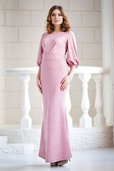 Вечернее розовое платье из фактурного джерси