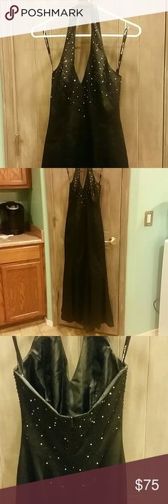 """💘20% off 2 when bundled 💕 ❤💋💄👠 Stunning black dress, light sequins & bling, 26"""" waist, 57"""" length, perfect for prom, homecoming, wedding, formal or any special occasion ❤💋💄👠 Morgan & Co. Dresses Prom"""