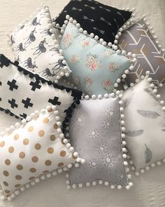 Bow Pillows, Cute Pillows, Sewing Pillows, Kids Pillows, Decor Pillows, Sewing Crafts, Sewing Projects, Diy Crafts, Pillow Crafts