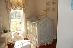 Oh my Lord...please let me have a girl the day I get pregnant...please, please, please!!! This is abolutely adorable and beautiful! French Nursery...small space, big style