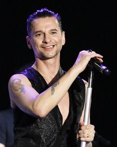 Dave Gahan Photos Photos: Depeche Mode Live On Jimmy Kimmel Dave Gahan, Depeche Mode Live, Loreena Mckennitt, Brian Kinney, Sigur Ros, Queer As Folk, Martin Gore, Jimmy Kimmel Live, Electronic Music