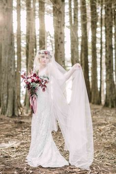 Lace gown and a sweeping veil: http://www.stylemepretty.com/little-black-book-blog/2015/01/09/enchanted-forest-bridal-inspiration/ | Photography: Retrospect Images - http://retrospectimages.com/