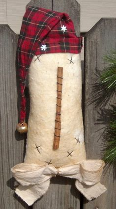 Prim Snowman Head with Flannel Hat