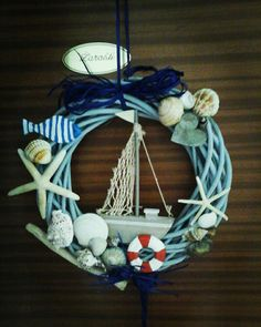 Seashell Crafts, Beach Crafts, Diy And Crafts, Diy Wreath, Wreaths, Deco Marine, Nautical Wreath, Shell Wreath, Summer Wreath