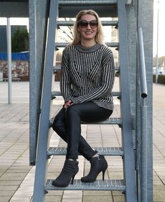 "Black´n White Sweater ""Fornarina Shane Almond Tricot"" & Leather Pants - Hot Port Life & Style 